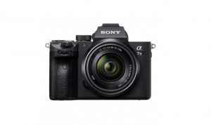 Sony Alpha A7 III + FE 28-70mm f/3.5-5.6 OSS (EU distribuce, nemusí obsahovat CZ menu)