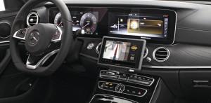 Arat Display/Telematik-Halterung MB E-Klasse W213 / TomTom Bridge