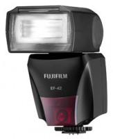 Fujifilm EF-42 Blesk
