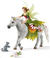 Schleich 70517 Víla Marween ve slavnostním oděvu na koni