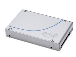 Intel® SSD DC P3520 Series 450GB, 2.5in PCIe 3.0 x4, 3D1, MLC