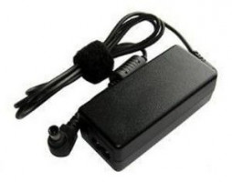 Fujitsu 3pin AC adaptér 19V/150W H720
