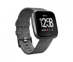 Fitbit Versa Charcoal Woven